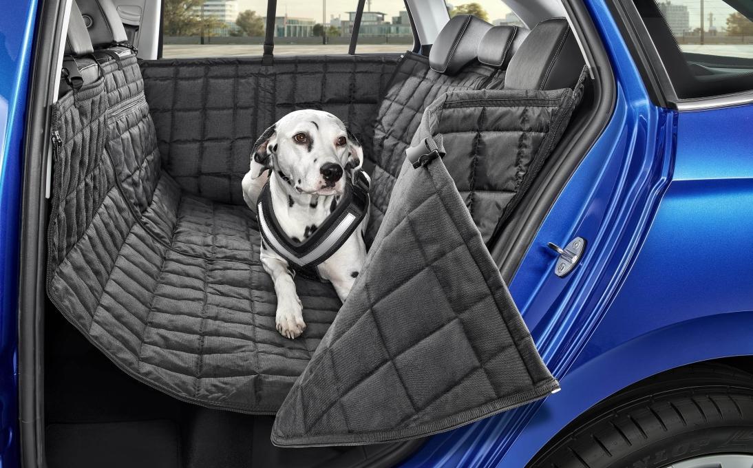 Ochranný potah zadních sedadel