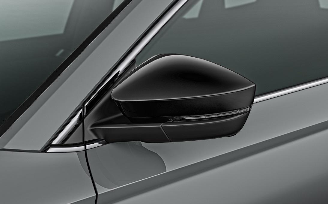 Dekorativní kryty bočních zrcátek - černá metalíza
